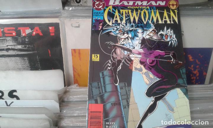 BATMAN CONTRA CATWOMAN,DC OBRA COMPLETA (Tebeos y Comics - Zinco - Batman)