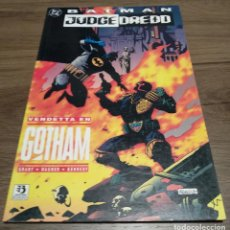 Cómics: BATMAN / JUDGE DREDD - VENDETTA EN GOTHAM. Lote 131897950