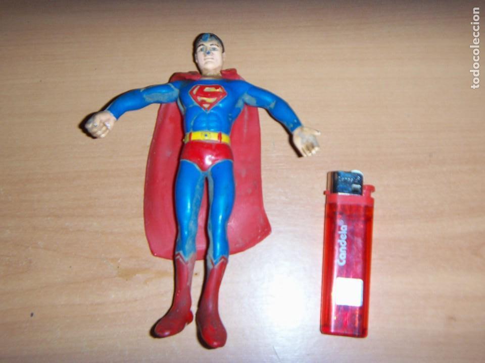 FIGURA SUPERMAN GOMA Y ALAMBRE ARGENTINO 1979/80 18 CM APROX. VINTAGE (Tebeos y Comics - Zinco - Superman)