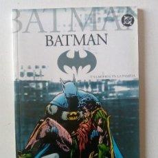 Cómics: BATMAN - UNA MUERTE EN LA FAMILIA. Lote 153651382