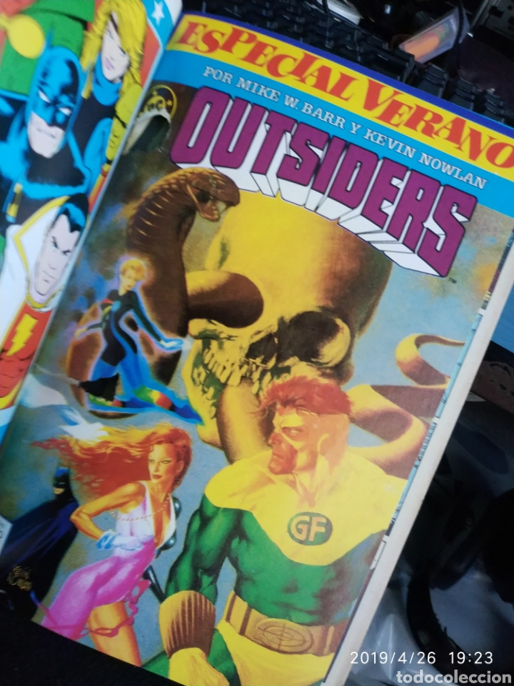 Cómics: RETAPADO DE LOS OUTSIDERS (3 CÓMICS, Nº 24, 26 Y ESPECIAL VERANO 1988 ) - Foto 4 - 161390596