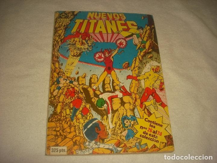 NUEVOS TITANES , RETAPADO, CONTIENE 5 NUMEROS , DEL 26 AL 30 . ED. ZINCO. (Tebeos y Comics - Zinco - Retapados)