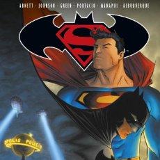 Cómics: SUPERMAN & BATMAN 5 NOCHE Y DIA - ECC / DC TAPA DURA . Lote 187544327