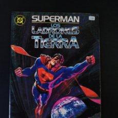 Cómics: MUY BUEN ESTADO SUPERMAN LOS LADRONES DE LA TIERRA EDICIONES ZINCO DC. Lote 189807410