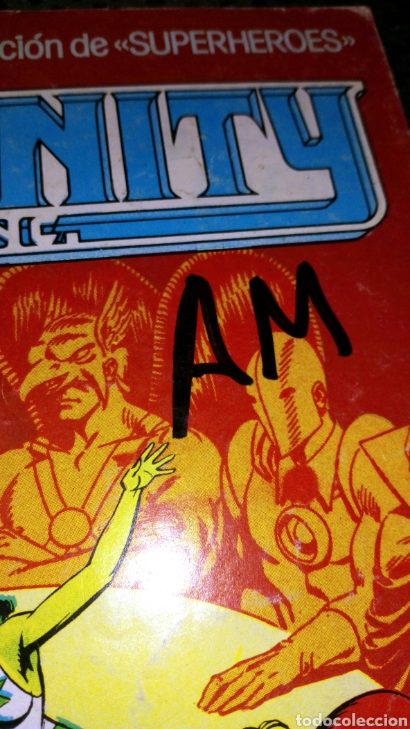 Cómics: Ediciones zinco dc infinity 1 ver fotos pintada a rotu en portada - Foto 2 - 219028357