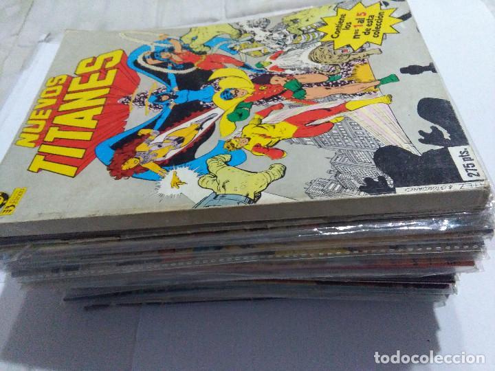 Cómics: COLECCION COMPLETA LOS NUEVOS TITANES VOLUMEN 1 DE 1984 50+1 ESP(FALTAN LOS NUMEROS 19-21-22-25) - Foto 2 - 221708342