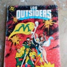 Cómics: LOS OUTSIDERS RETAPADO Nº 6 ZINCO (CONTIENE LOS Nº 25-26 Y ESPECIAL VERANO 88). Lote 224641640