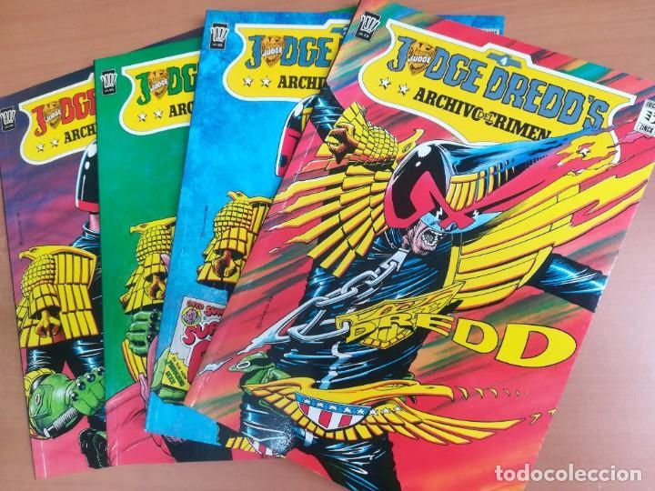JUDGE DREDD'S. ARCHIVOS DEL CRIMEN. ZINCO. COMPLETA EN 4 TOMOS (Tebeos y Comics - Zinco - Prestiges y Tomos)