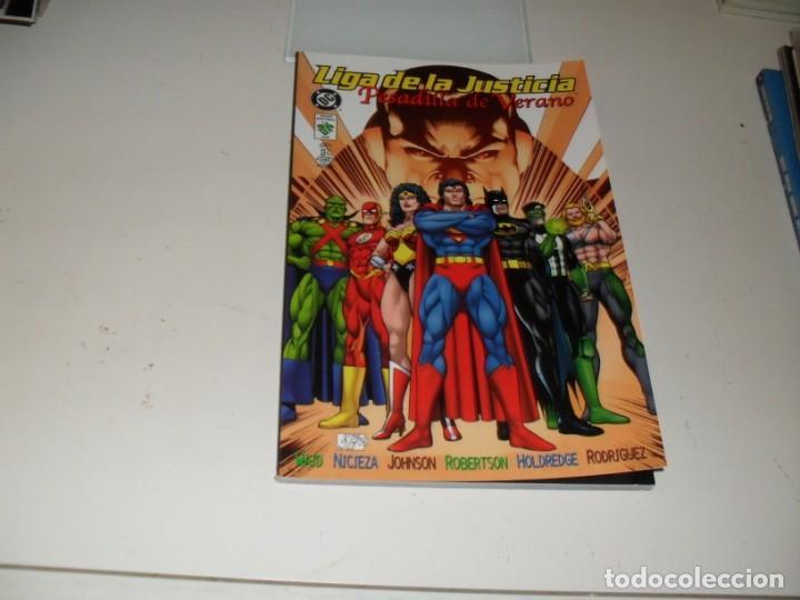 LIGA DE LA JUSTICIA:PEDADILLA DE VERANO.EDICIONES VID,AÑO 1998. (Tebeos y Comics - Zinco - Superman)