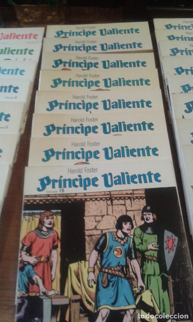PRINCIPE VALIENTE. HAROLD FOSTER. 32 VOLÚMENES 3 ESTUCHES (Tebeos y Comics - Buru-Lan - Principe Valiente)