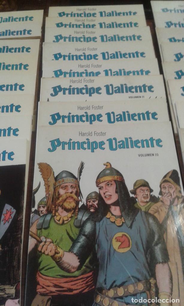 Cómics: PRINCIPE VALIENTE. HAROLD FOSTER. 32 volúmenes 3 estuches - Foto 3 - 89513392
