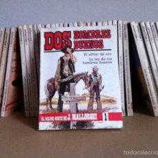 Cómics: DOS HOMBRES BUENOS. LOTE 35 NOVELAS. Lote 145497973