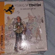Cómics: LIBRO TINTIN LA COLECCION DE FIGURAS OFICIAL. NESTOR CON PLUMERO. Lote 195063322