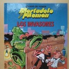 Cómics: MORTADELO Y FILEMON. LOS INVASORES. TAPA DURA. EL PERIODICO. GRANDES DEL HUMOR.. Lote 171312785
