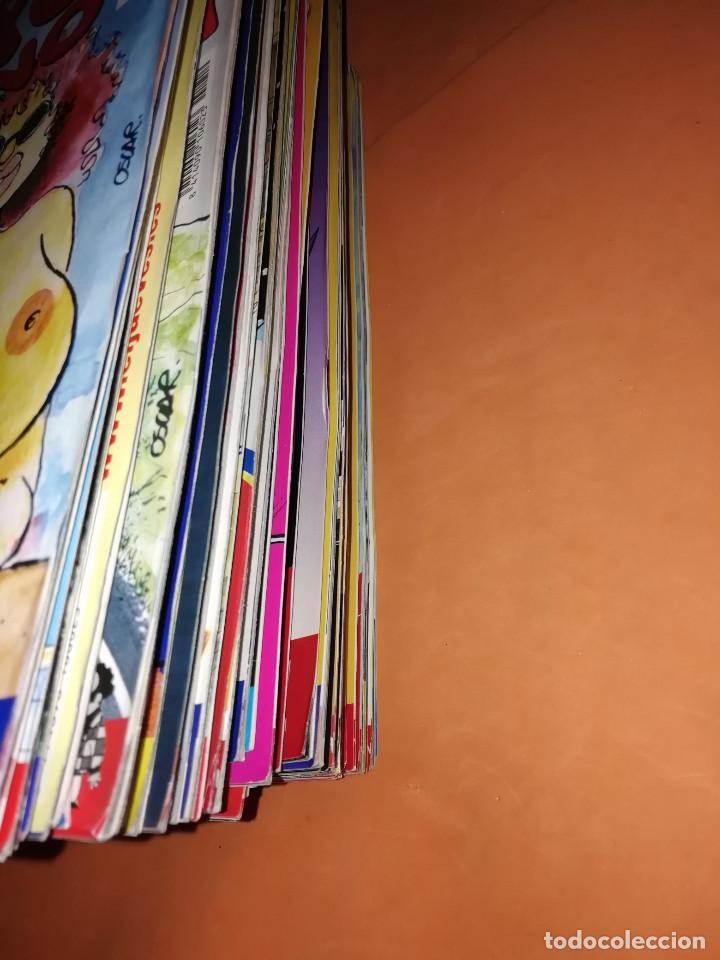 Cómics: EL JUEVES. REVISTA.LOTE . NUMEROS DEL 1211 AL 1266. 56 REVISTAS. BUEN ESTADO GENERAL - Foto 2 - 171583290