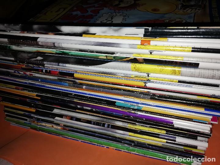 Cómics: EL JUEVES. REVISTA.LOTE . NUMEROS DEL 1211 AL 1266. 56 REVISTAS. BUEN ESTADO GENERAL - Foto 4 - 171583290