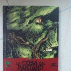 Cómics: LA COSA DEL PANTANO LIBRO UNO - ALAN MOORE - ECC.. Lote 178803165