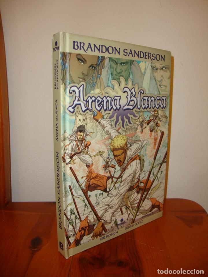 ARENA BLANCA - BRANDON SANDERSON - NOVA, MUY BUEN ESTADO (Tebeos y Comics Pendientes de Clasificar)