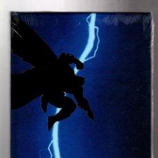 Cómics: BATMAN EL REGRESO DEL CABALLERO OSCURO - ECC /DC EDICIÓN DELUXE CON FUNDA PVC IMPRESA / FRANK MILLER. Lote 194765650