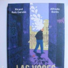 Cómics: LIBRO LAS VOCES Y EL LABERINTO - ED. SAPRISTI - RICARD RUIZ ALFREDO BORES - COMIC NUEVO. Lote 199758475