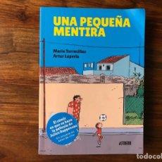 Cómics: UNA PEQUEÑA MENTIRA. MARIO TORRECILLAS Y ARTUR LAPERLA. ASTIBERRI. Lote 217568176