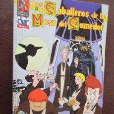 Comics : LOS CABALLEROS DE LA MESA DEL COMEDOR - MONTÓN DE LÍOS - VOLUMEN 3 - 2003.. Lote 239693275
