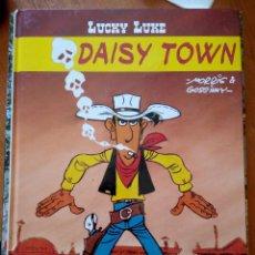 Cómics: LUCKY LUKE - DAISY TOWN - EDITORIAL SALVAT - 1ª EDICIÓN - MARZO 2001 - TAPA DURA. Lote 246853760