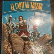Cómics: LIBRO EL CAPITÁN TRUENO, LA HORDA DE AKBAR, VÍCTOR MORA, 2000. Lote 249105015