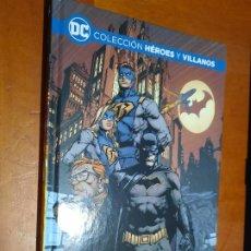 Cómics: BATMAN. YO SOY GOTHAM. COLECCIÓN HEROES Y VILLANOS. TOM KING. MIKEL JANÍN. TAPA DURA. BUEN ESTADO. Lote 288412493