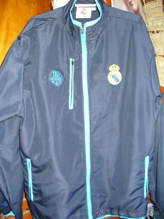 37091a5a9263c chaqueta finita impermeable del real madrid