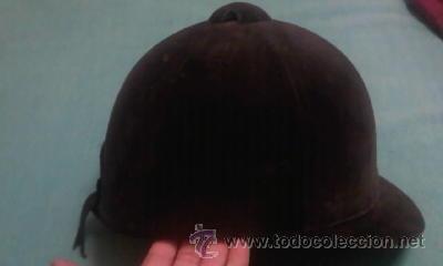 Coleccionismo deportivo: casco de hípica marca new triple crown.Diseño de HARRY HALL.Terciopelo negro. - Foto 2 - 42461869