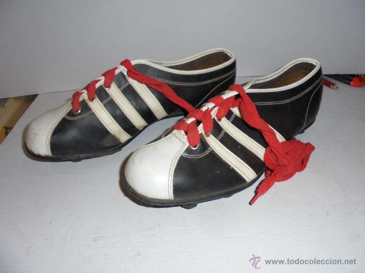 antiguas botas de futbol años 60 - creemos nº 4 - Comprar ... 4bcb348e47b39