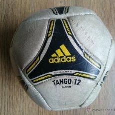 Coleccionismo deportivo: BALON DE FUTBOL ADIDAS TANGO 12. Lote 52327442