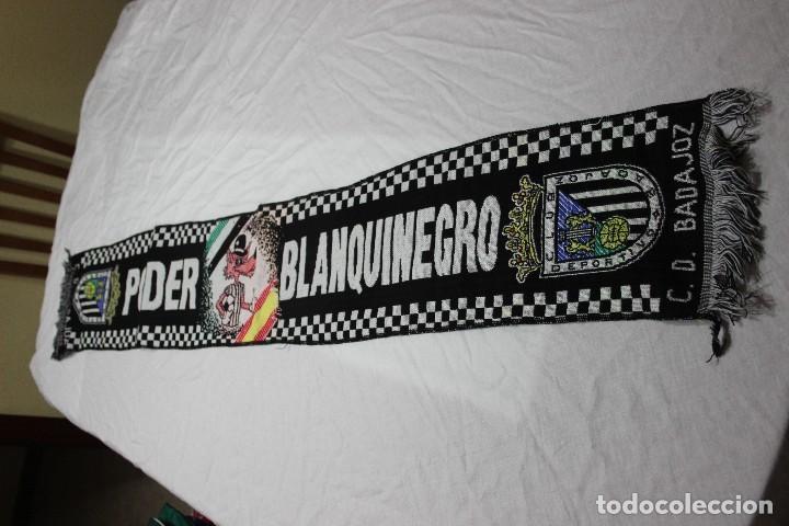 BUFANDA DE FUTBOL DE ULTRAS CLUB DEPORTIVO BADAJOZ PODER BLANQUINEGRO SCARF (Coleccionismo Deportivo - Ropa y Complementos - Complementos deportes)