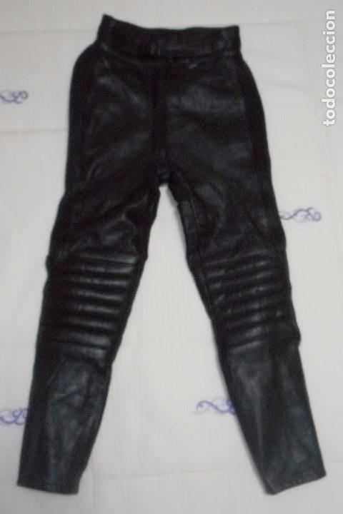 pantalon de cuero o piel para moto o bicicleta comprar complementos deportes en todocoleccion. Black Bedroom Furniture Sets. Home Design Ideas