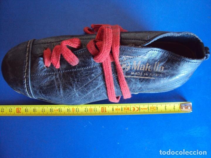 Coleccionismo deportivo: (F-161266)ANTIGUAS BOTAS DE FOOT-BALL , MARCA MATOLLO - Foto 10 - 70137577