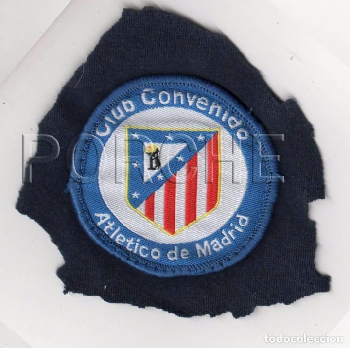 ESCUDO BORDADO CLUB CONVENIDO ATLÉTICO DE MADRID (Coleccionismo Deportivo - Ropa y Complementos - Complementos deportes)