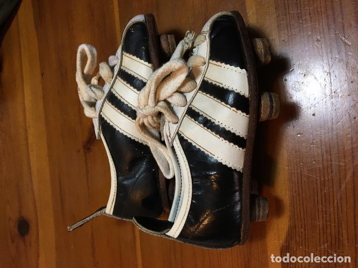 Parpadeo desastre Resistencia  antiguas botas de futbol de niño adidas. botas - Comprar Complementos  deportes en todocoleccion - 76662551