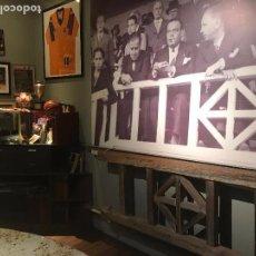Coleccionismo deportivo: (F-170690) BOTAS ORIGINALES DE LADISLAO KUBALA , C.F.BARCELONA , MATCH WORN , MIRAR FOTOS. Lote 90649015