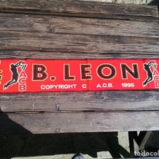 Coleccionismo deportivo: ANTIGUA BUFANDA BALONCESTO LEÓN, LIGA ACB, PRODUCTO OFICIAL, AÑOS 90. Lote 91953310