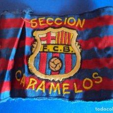 Coleccionismo deportivo: (F-171270)RARISIMO BRAZALETE DEL F.C.BARCELONA - ESCUDO BORDADO - SECCION CARAMELOS - AÑÖS 70. Lote 105978647