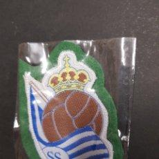 Coleccionismo deportivo: PARCHE TELA ESCUDO REAL SOCIEDAD - CAR04. Lote 107984799
