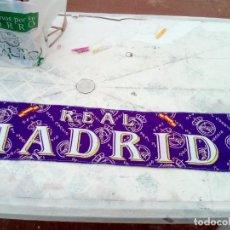 Coleccionismo deportivo: BUFANDA DE REAL MADRID 1996. . Lote 130772356