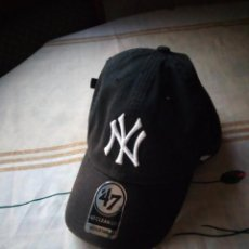 Coleccionismo deportivo: GORRA VISERA NEW YORK YANKEES YOUTH CLEAN UP HOME ADJUSTABLE - 47 BRAND. Lote 132611594