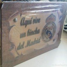 Coleccionismo deportivo: MARCO EN MADERA REAL MADRID. Lote 133717014