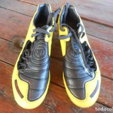 Coleccionismo deportivo: NIKE TOTAL90 SHOOT'S- BOOTS FOOTBALL. Lote 136467886
