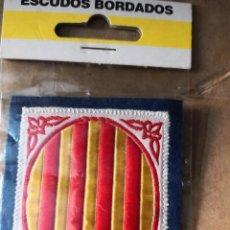 Coleccionismo deportivo: PARCHE AÑOS 90 ESCUDO BORDADO CATALUÑA. Lote 138098870