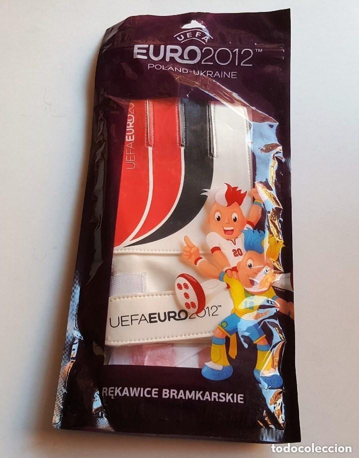 Coleccionismo deportivo: UEFA EURO 2012 PAR GUANTES FUTBOL PORTERO NUEVOS - Foto 3 - 149356662