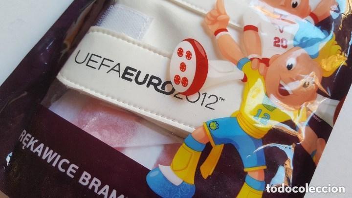 Coleccionismo deportivo: UEFA EURO 2012 PAR GUANTES FUTBOL PORTERO NUEVOS - Foto 4 - 149356662