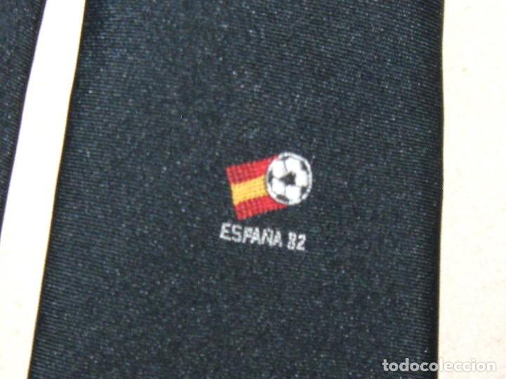 CORBATA MUNDIAL ESPAÑA 1982 SPAIN WORLD CUP ORIGINAL NEGRA OFICIAL INSTITUCIONAL TIE 05 (Coleccionismo Deportivo - Ropa y Complementos - Complementos deportes)